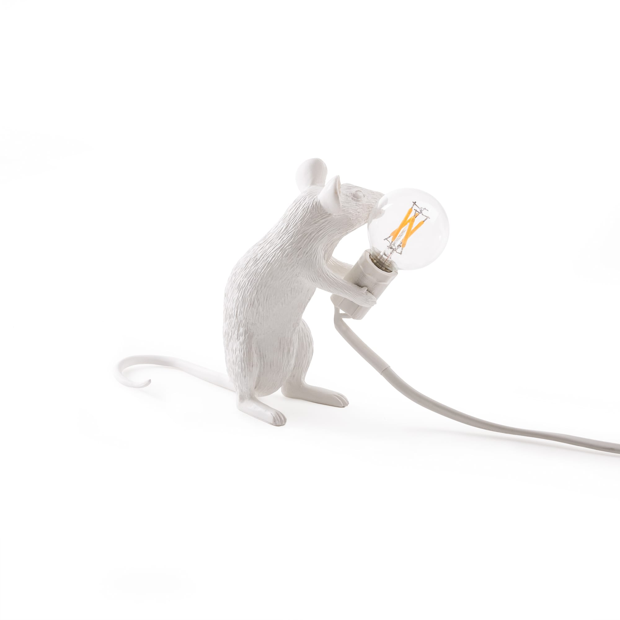 Mouse lamp Mac sitting