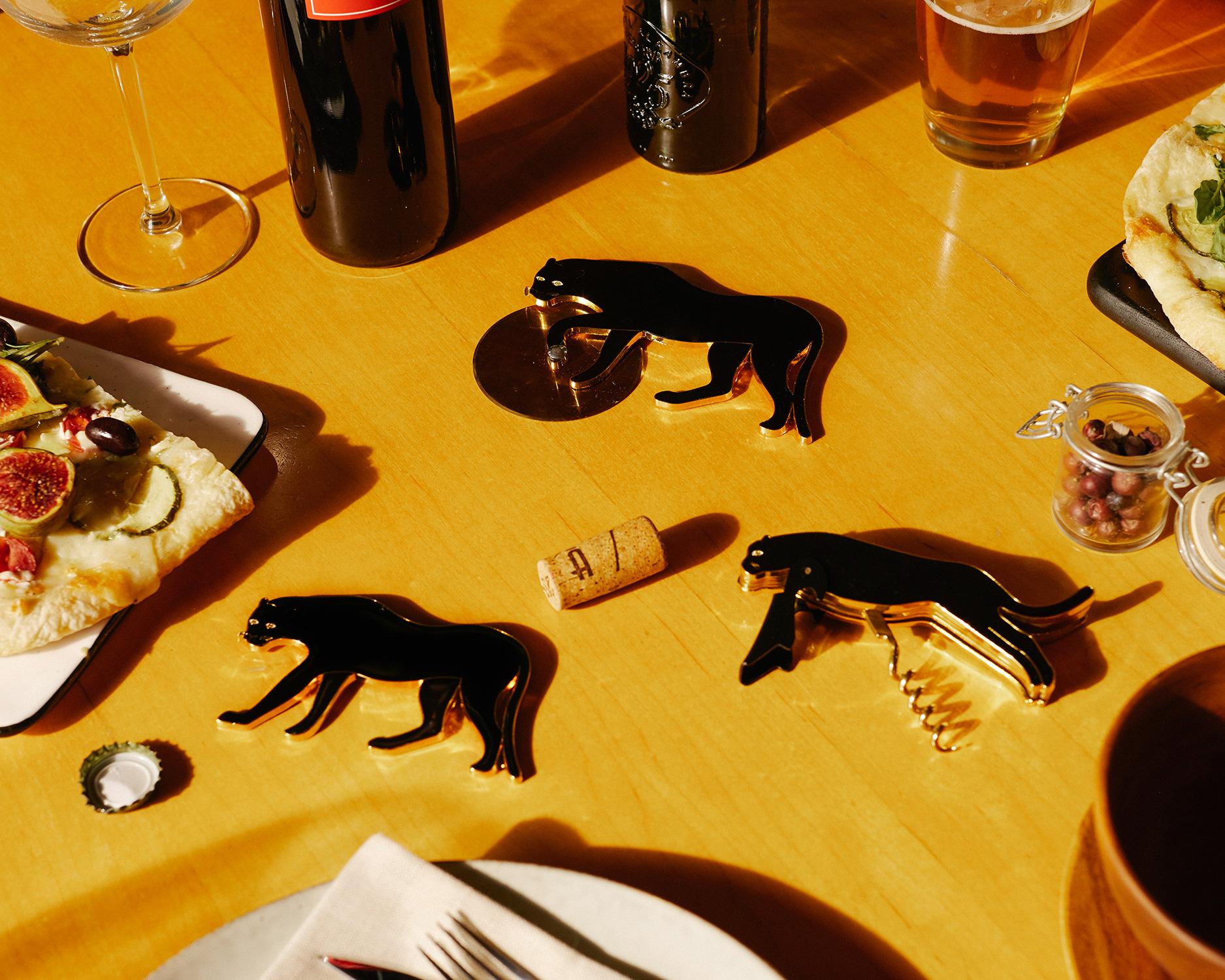 Savanna corkscrew panther