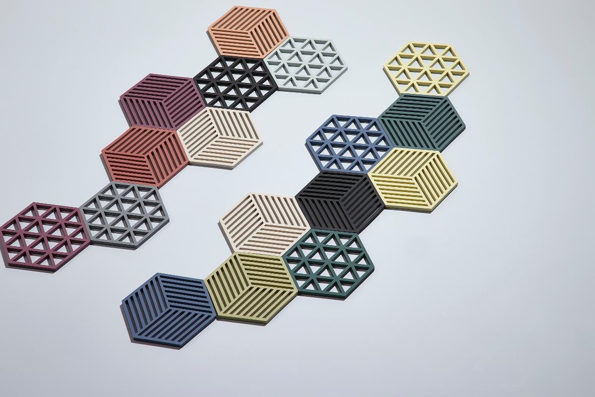 Trivet beetroot hexagon