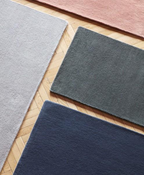 Raw Rug NO2 200 x 300 cm Dark grey