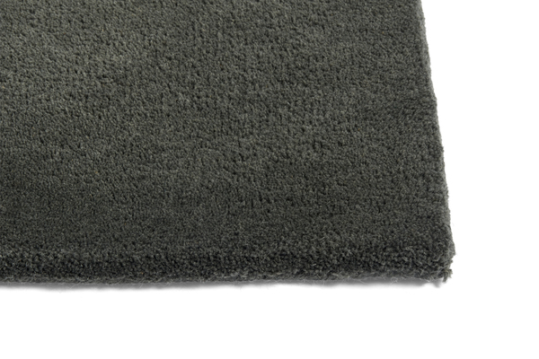 Raw Rug NO2 170 x 240 cm Dark green