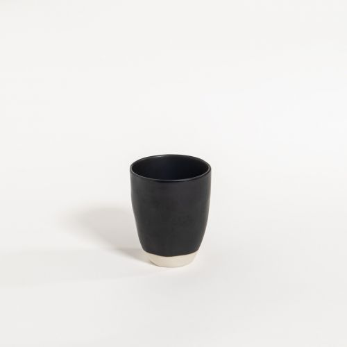 atelier - mug (no handle) black pepper