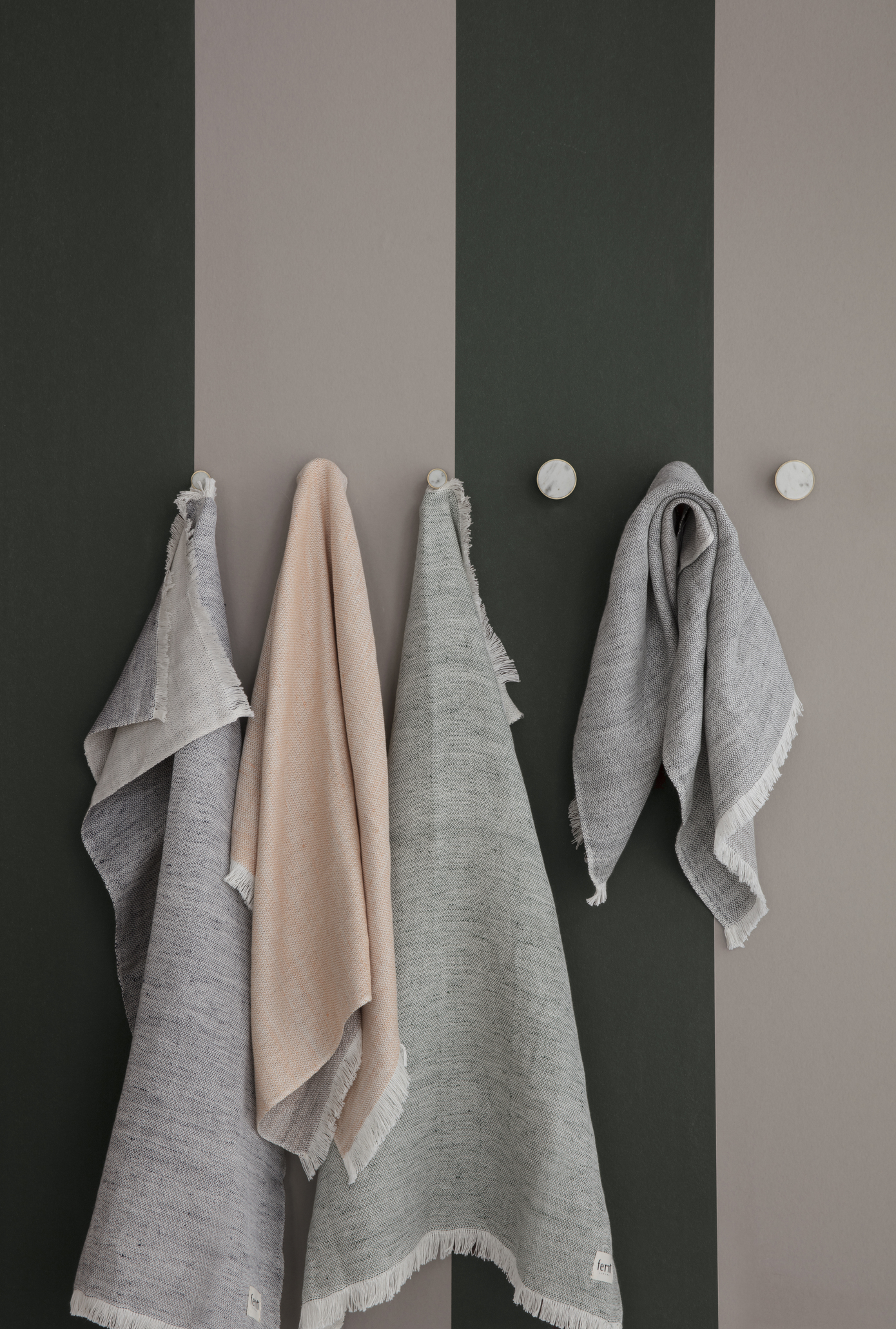 Ferm Living Behang Thick Lines Dusty Blue/Off-white