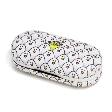 Glasses & contactlens case twin chicks