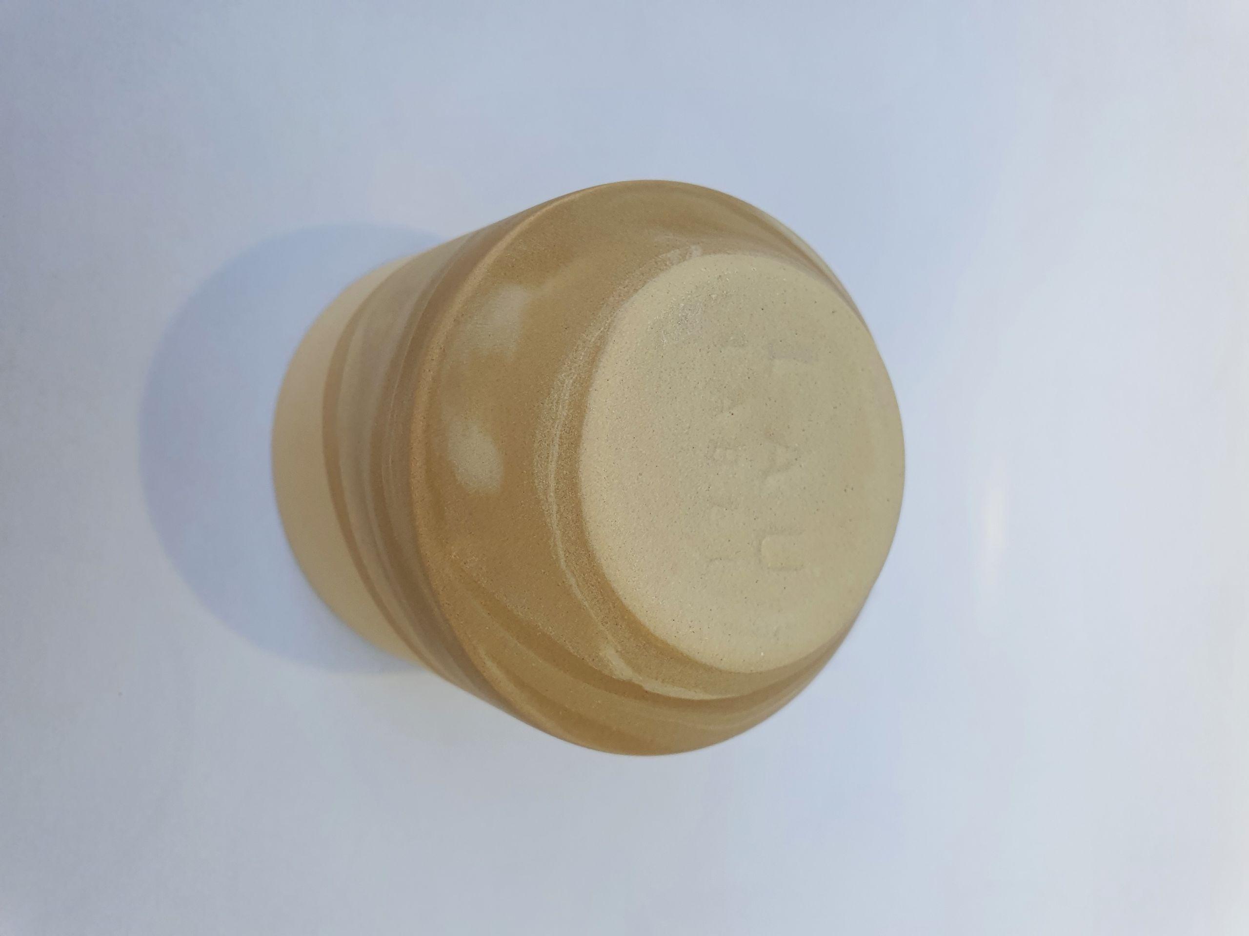 Lau label beige