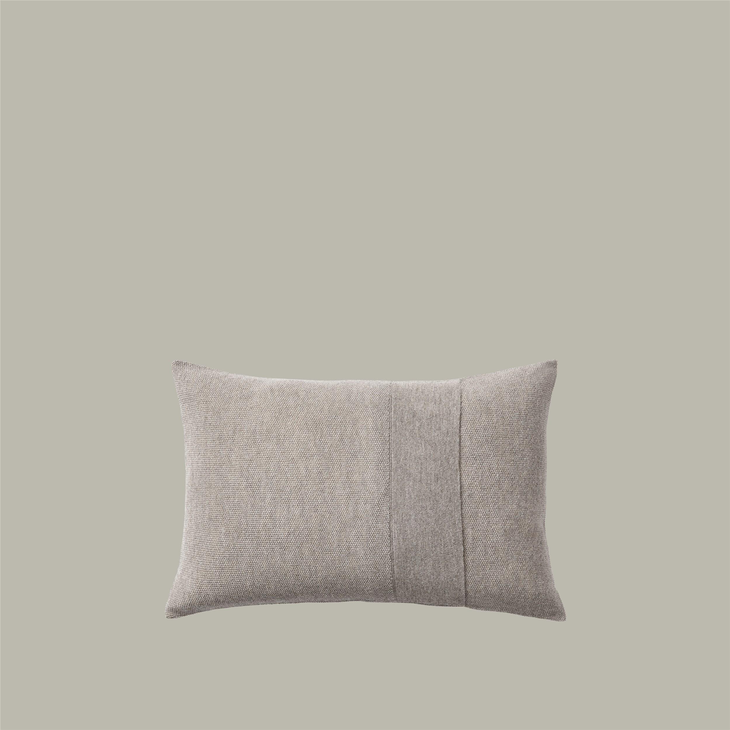 Layer Cushion 40x60 sand grey