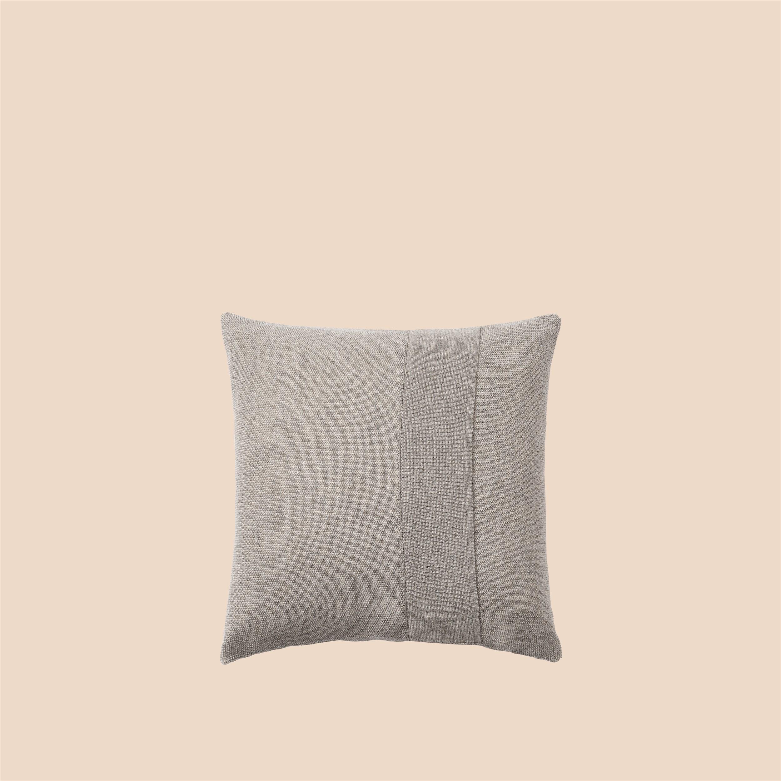 Layer Cushion 50x50 sand grey