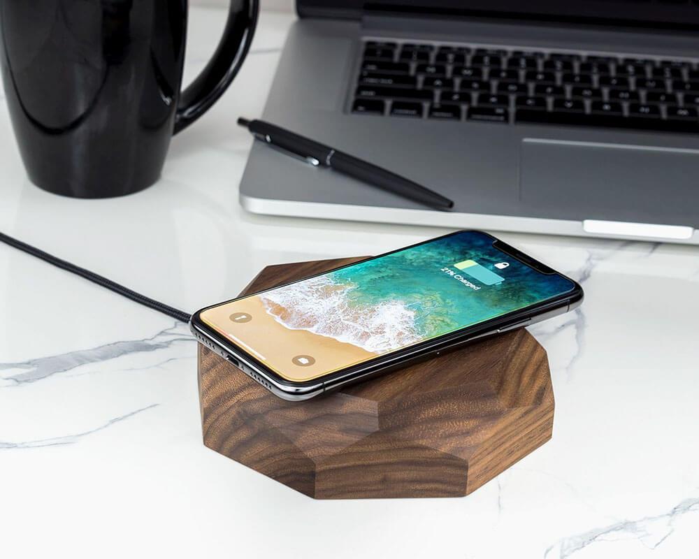 Wireless charger grafisch walnut